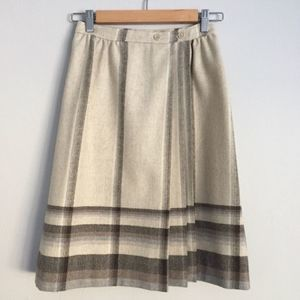Vintage 1970s Pleated Wrap A-Line Skirt XS/S